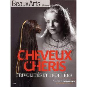 cheveux-cheris-frivolite-et-trophees-au-musee-d